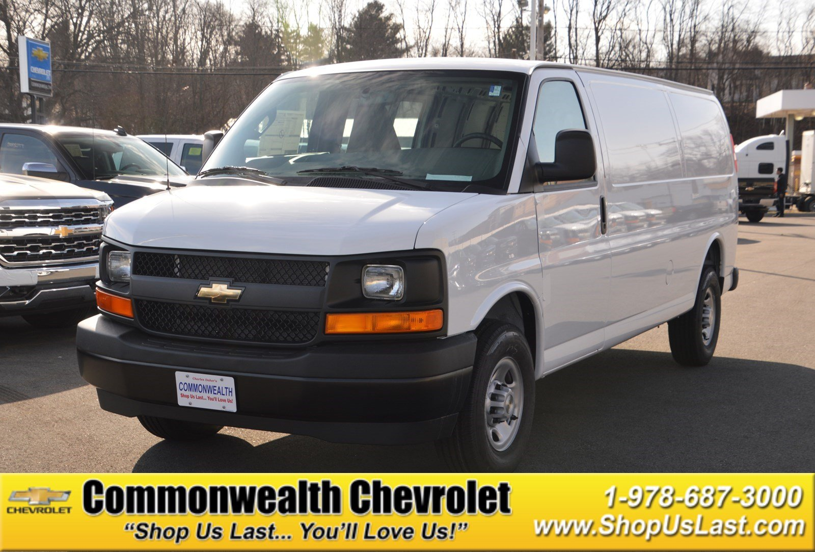 new 2017 chevrolet express cargo van full size cargo van in lawrence c5512 commonwealth chevrolet. Black Bedroom Furniture Sets. Home Design Ideas